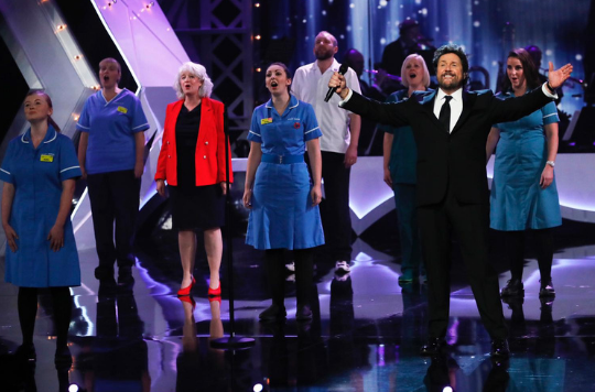 Vicky performs with Michael Ball at The Royal Variety Performance (Matt Frost and ITV)